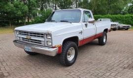 1985-Chevrolet-K10-4x4-Silverado-350ci-700R4-1