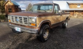 1984-Ford-F250-Ranger-460ci-4-speed-001