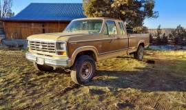 1984-Ford-F250-SuperCab-XLT-4x4-460ci-manual-001