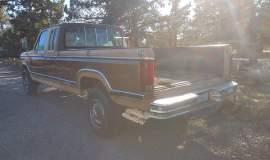 1984-Ford-F250-SuperCab-XLT-4x4-460ci-manual-7