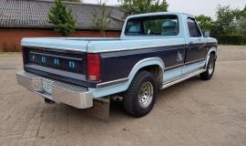 1984 Ford F250 331ci stroker V8 (9)