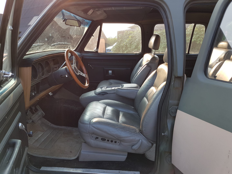 1985 Dodge Ram D350 (14)