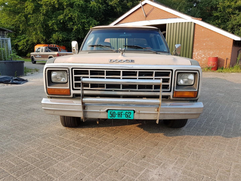 1985 Dodge Ram D350 (16)