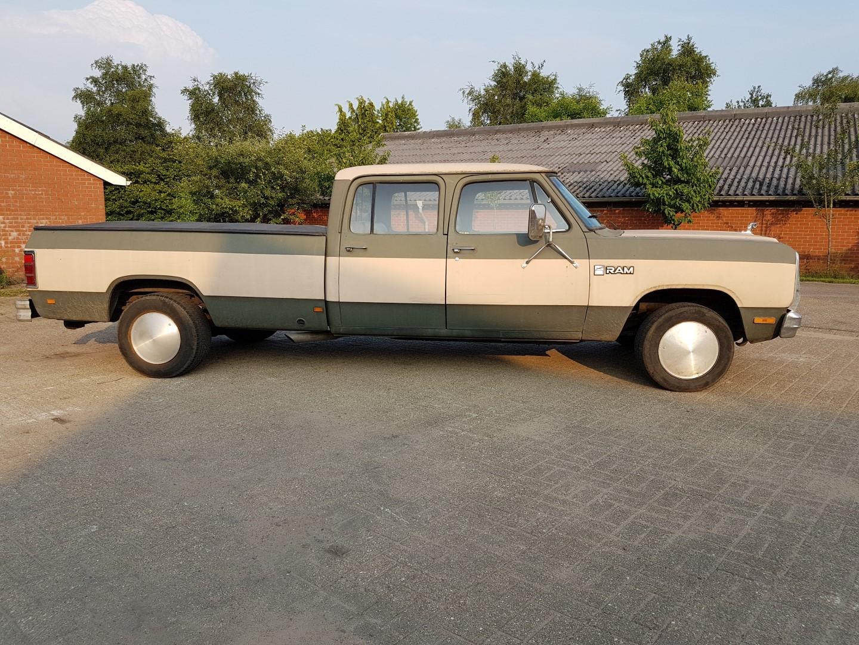 1985 Dodge Ram D350 (18)