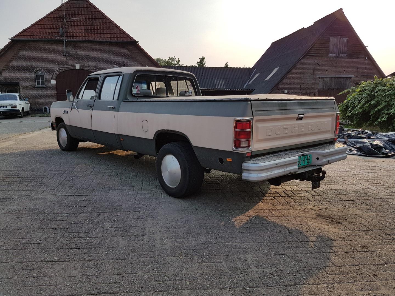 1985 Dodge Ram D350 (21)