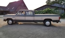 1985 Dodge Ram D350 (22)