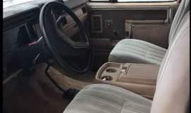 1985-Ford-Bronco-4x4-Eddie-Bauer-351ci-V8-automatic-14