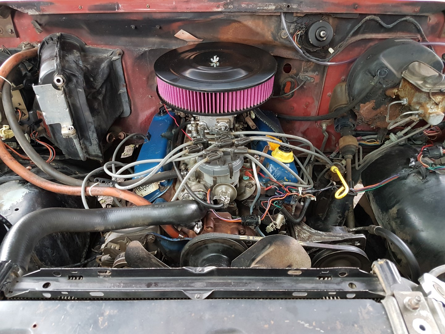 1985 Ford F150 extended cab 302ci (17)