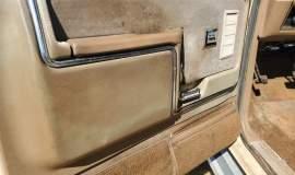 1985-Ford-F250-Lariat-4x4-460ci-2