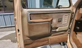 1985-Ford-F250-Lariat-4x4-460ci-6