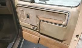 1985-Ford-F250-Lariat-4x4-460ci-8