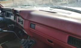 1985-Ford-F250-SuperCab-Lariat-460ci-manual-2