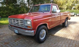 1985-Ford-F250-with-302ci-V8-and-4-speed-automatic-14