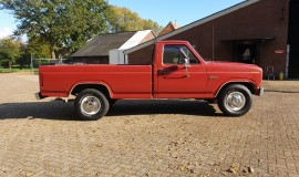 1985-Ford-F250-with-302ci-V8-and-4-speed-automatic-7