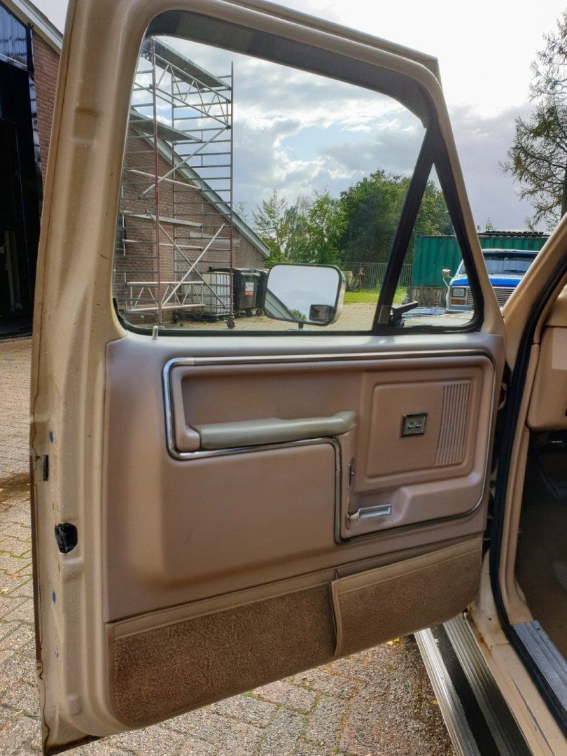1985-Ford-F250-XL-460ci-Speedmonkeycars-12
