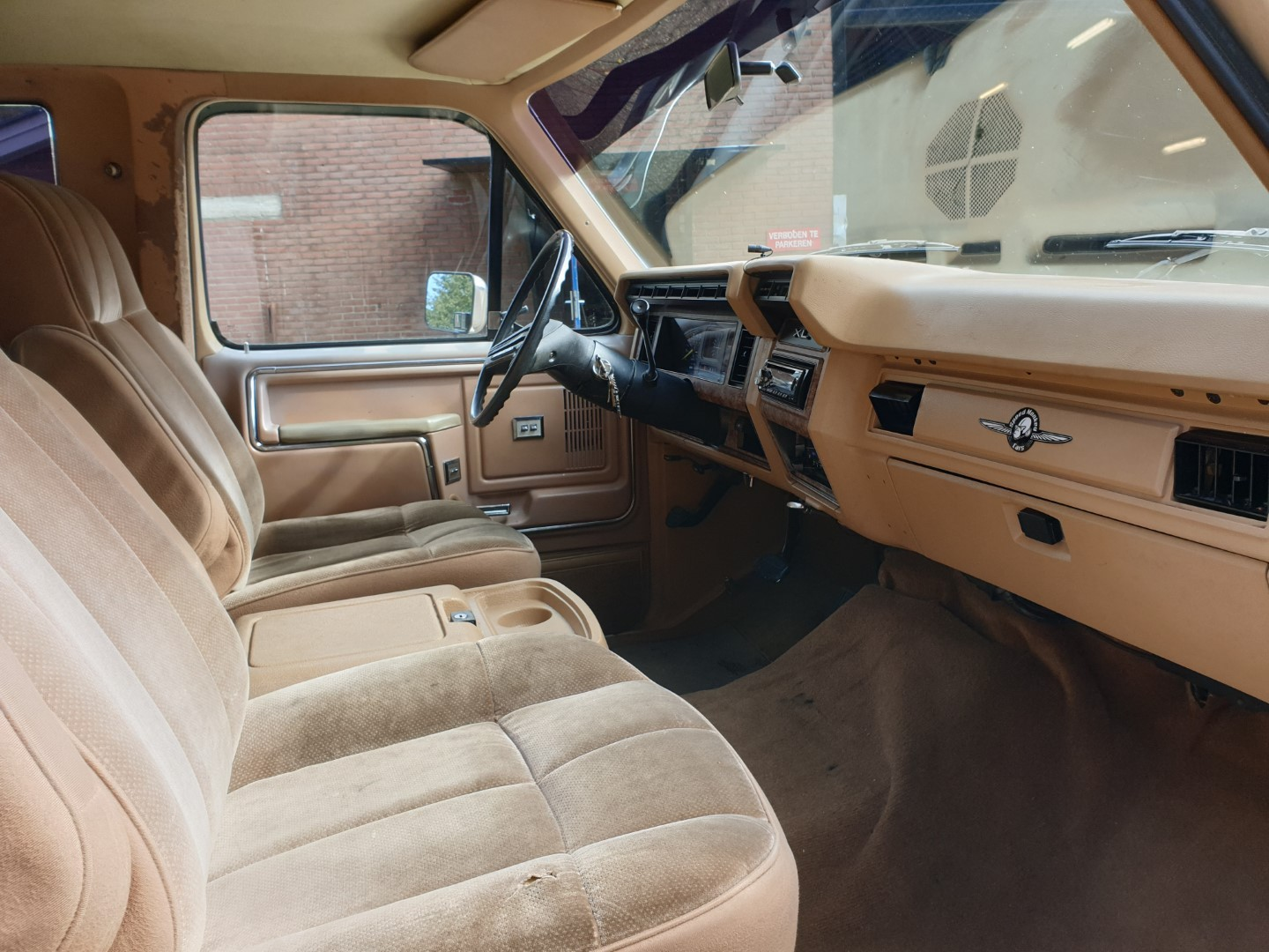 1985-Ford-F250-XL-460ci-Speedmonkeycars-13