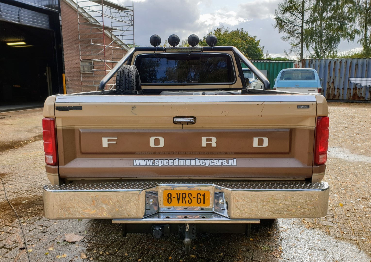 1985-Ford-F250-XL-460ci-Speedmonkeycars-4