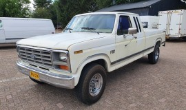 1985-Ford-F250-XLT-Lariat-Camper-Special-SuperCab-460ci-1