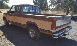 1986 Ford F150 Lariat (13)
