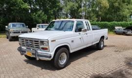 1986-Ford-F150-SuperCab-Lariat-351ci-V8-1