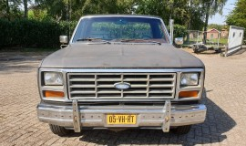 1986-Ford-F150-5L-V8-4-speed-9