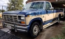 1986-Ford-F150-XLT-351ci-001