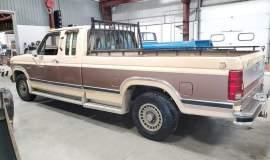 1986-Ford-F150-XLT-SuperCab-351ci-V8-10