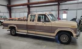 1986-Ford-F150-XLT-SuperCab-351ci-V8-17