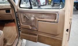 1986-Ford-F150-XLT-SuperCab-351ci-V8-4