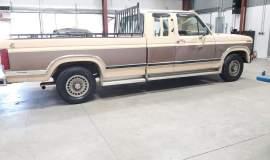 1986-Ford-F150-XLT-SuperCab-351ci-V8-9