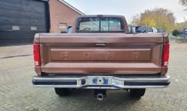 1986-Ford-F250-4x4-Lariat-460ci-V8-4