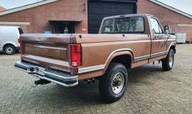 1986-Ford-F250-4x4-Lariat-460ci-V8-6