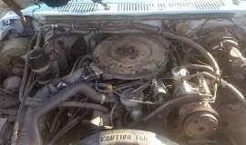 1986-Ford-F250-SuperCab-Lariat-460ci-V8-blue-white-18