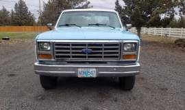 1986-Ford-F250-SuperCab-Lariat-460ci-blue_white-13