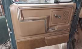 1986-Ford-F250-XLT-4x4-460ci-automatic-11