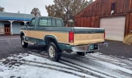 1986-Ford-F250-XLT-4x4-460ci-automatic-12