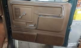 1986-Ford-F250-XLT-4x4-460ci-automatic-16