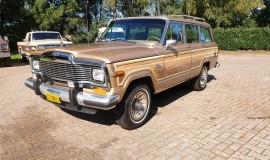 1986-Jeep-Grand-Wagoneer-4x4-360i-1