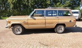 1986-Jeep-Grand-Wagoneer-4x4-360i-2