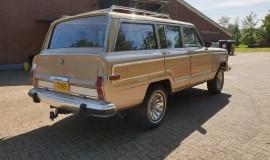 1986-Jeep-Grand-Wagoneer-4x4-360i-5
