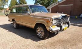 1986-Jeep-Grand-Wagoneer-4x4-360i-7