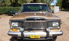 1986-Jeep-Grand-Wagoneer-4x4-360i-8