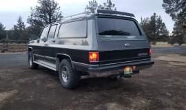 1989-Chevrolet-Suburban-2500-350ci-V8-10