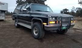 1989-Chevrolet-Suburban-2500-350ci-V8-11