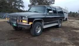 1989-Chevrolet-Suburban-2500-350ci-V8-12