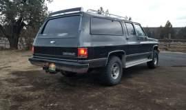 1989-Chevrolet-Suburban-2500-350ci-V8-19