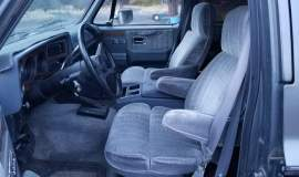 1989-Chevrolet-Suburban-2500-350ci-V8-9