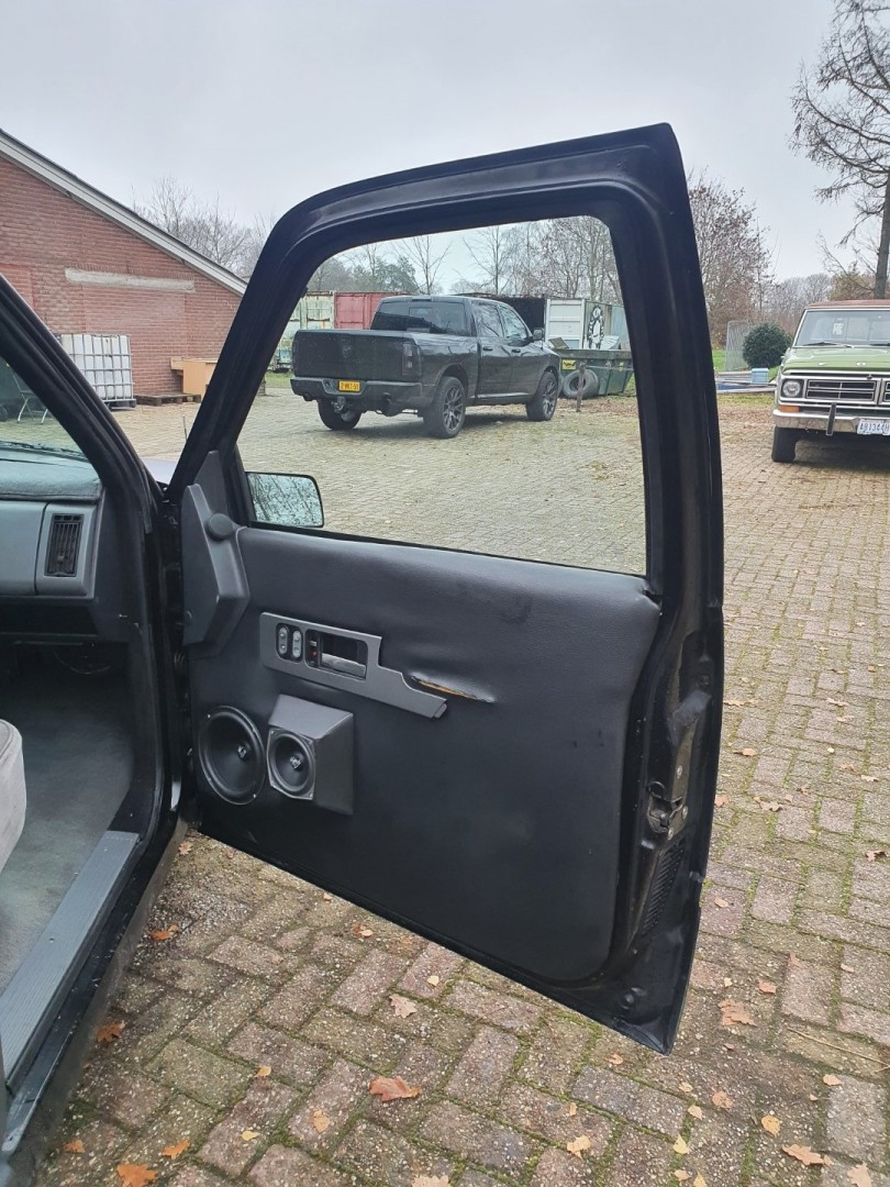 1990-Chevrolet-1500-Stepside-350ci-Airride-11
