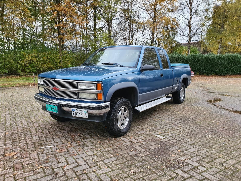 1992-Chevrolet-K1500-EXT-CAB-4x4-350ci-V8-1