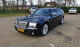 2005-Chrysler-300c-5.7-Hemi-V8-1